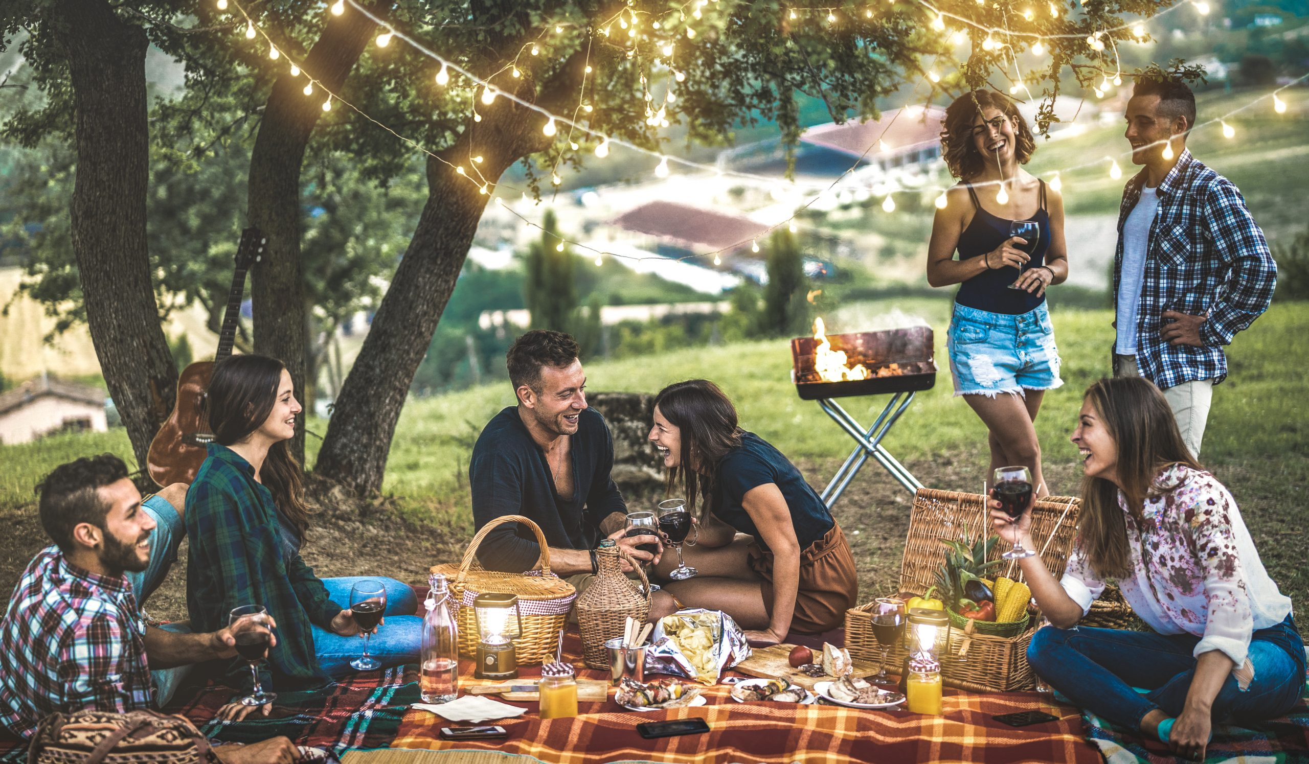 Happy,Friends,Having,Fun,At,Vineyard,After,Sunset,-,Young
